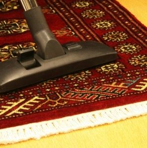 How To Clean An Area Rug Or Accent Yourself Cleaning