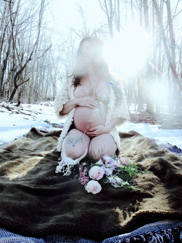 b313d7243597b Bohemian maternity photography. Boho goddess maternity winter woods photo  shoot. The beautiful and unique tattooed mama Charissa. Maternity  photoshoot.