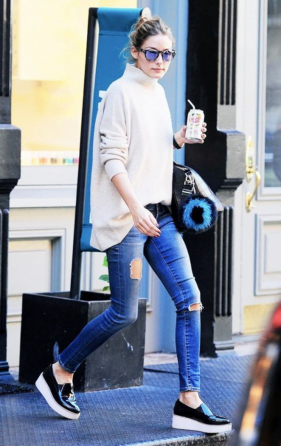b7139642fdd Olivia Palermo is casual in a turtleneck sweater