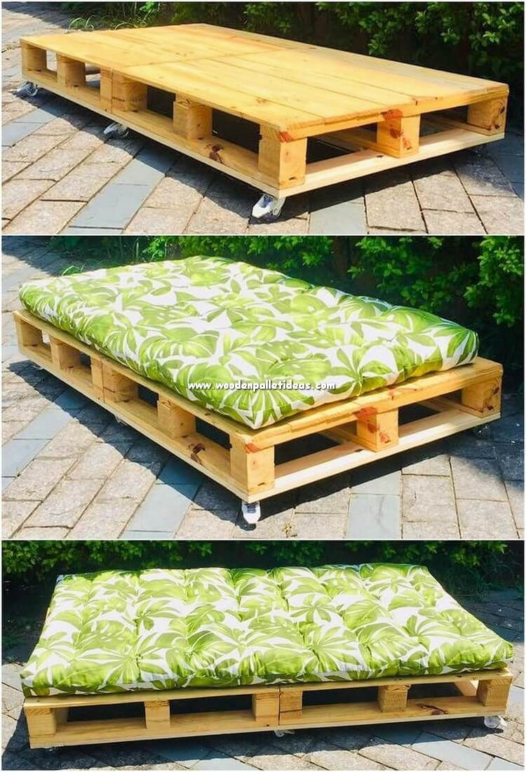 Wood Pallet Is Recognized To Be Popularly Used For The Daybed Creation Hence Here We Will Present Pallet Daybed Pallet Ideas For Outside Wood Pallet Projects