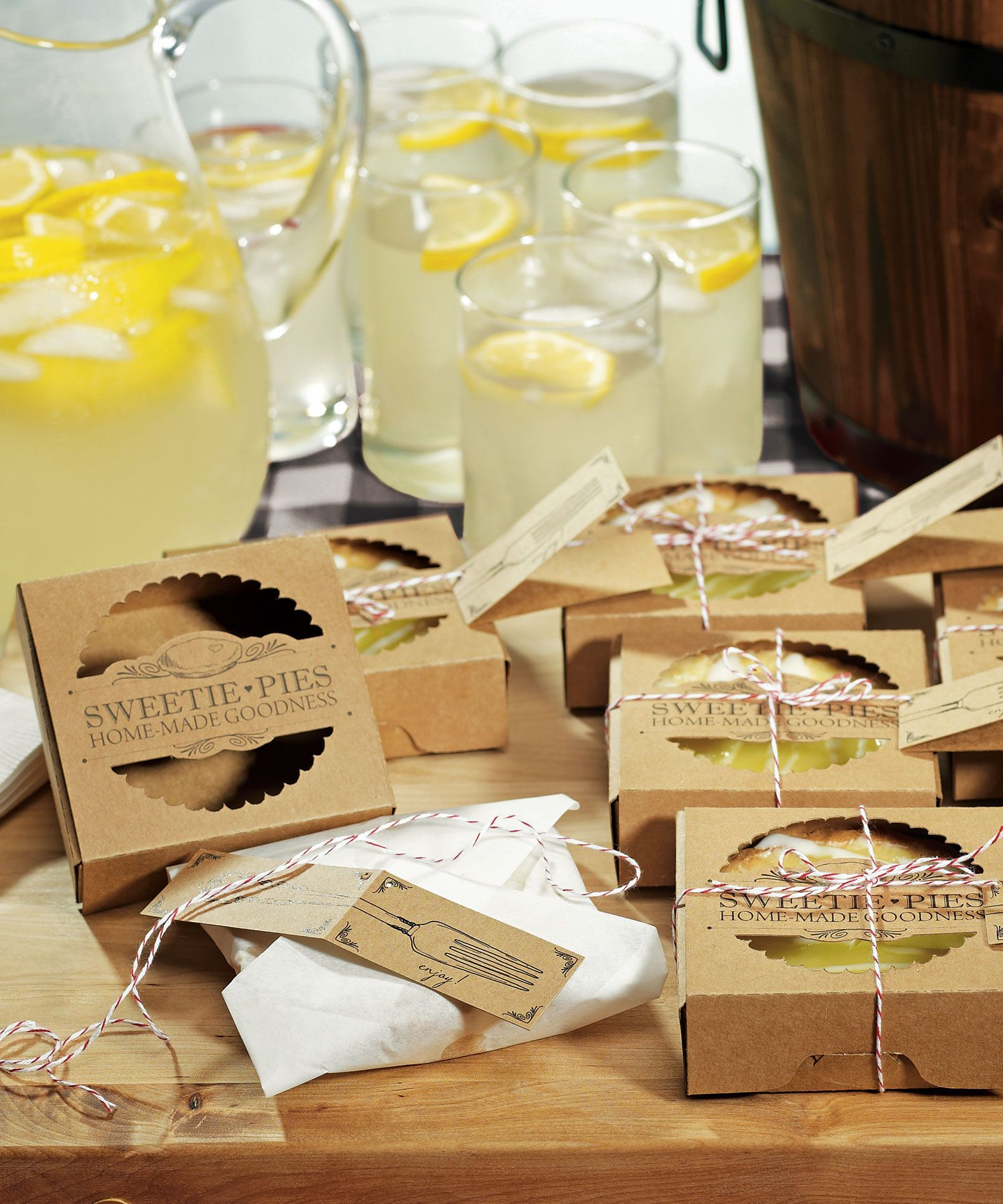Wedding Ideas Sweetie Pies Mini Pie Packaging Kits Give Your Guests Something