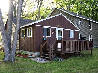 Huge Cabin Sleeps 25 Family friendlyVacation Rental in Houghton