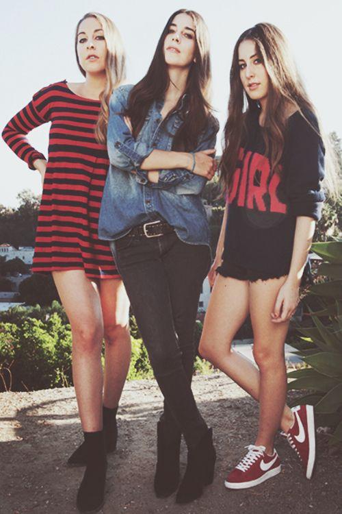Haim...I just love them  so much akdhkjldfowiejckdklgdficjx