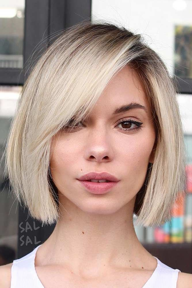Straight Ice Blonde Chin Length Bob Side Part Fringe Thick Hair Styles Fine Straight Hair Hair Styles