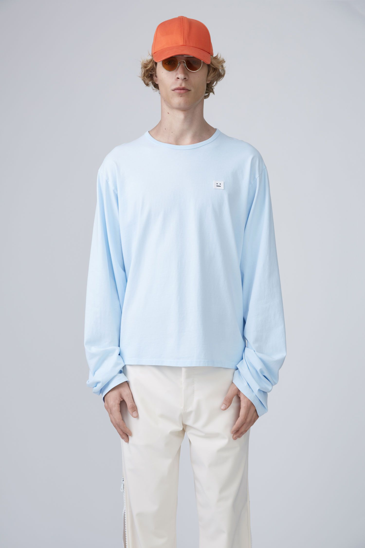Acne studios · ACNE STUDIOS Fello Face Light Blue.