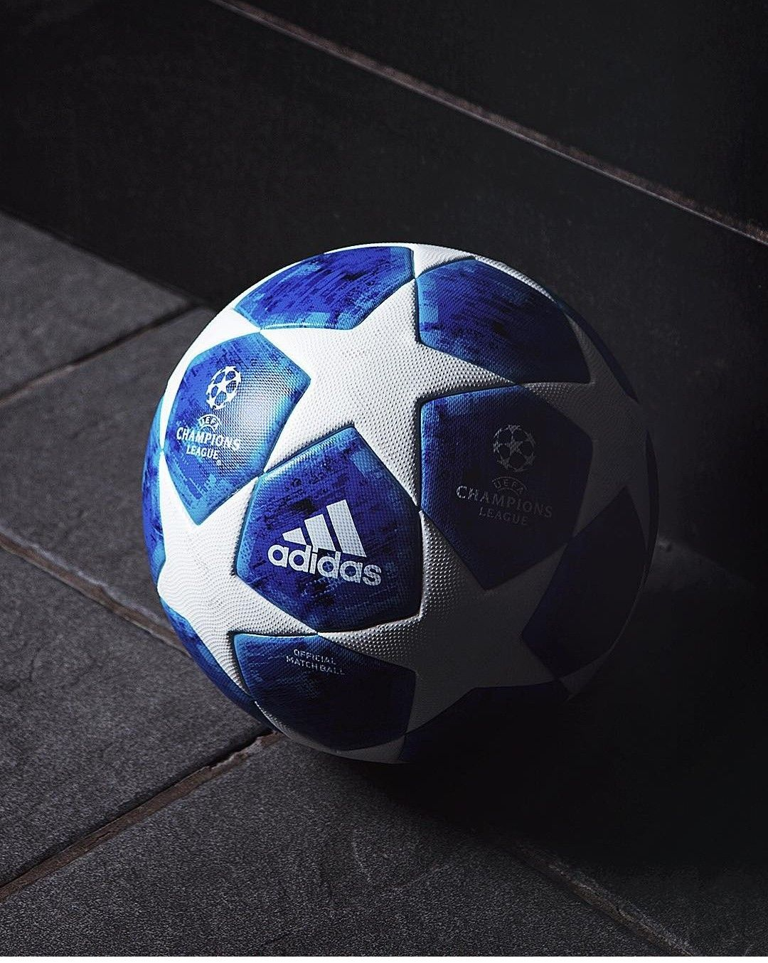 The new UCL ball release today Adidas Fußball fa730931c6e72