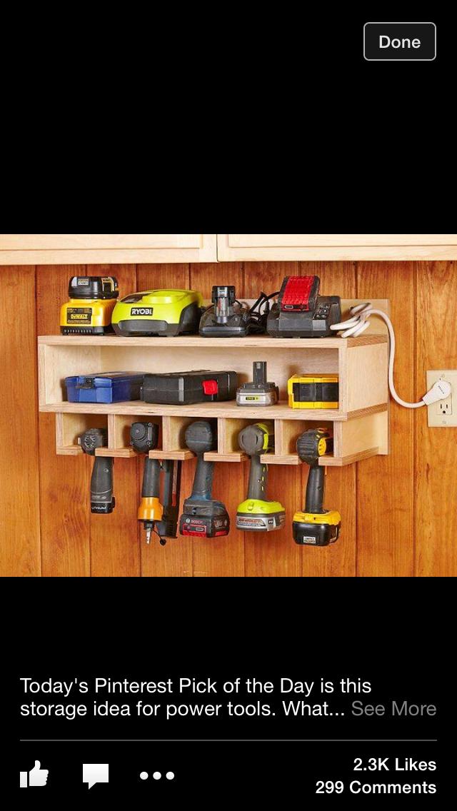 Kaikki työkalut nätissä hyllyssä #rakentaminen #netrautalikes