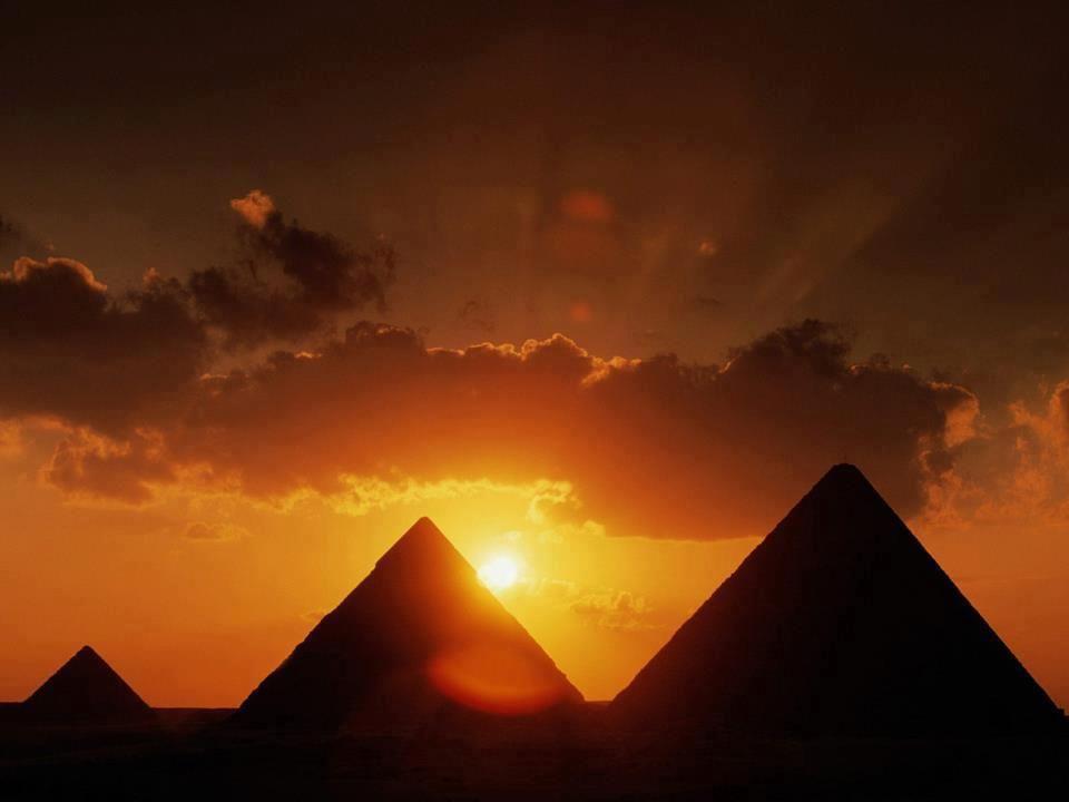 Egipto, atardecer y las Piramides