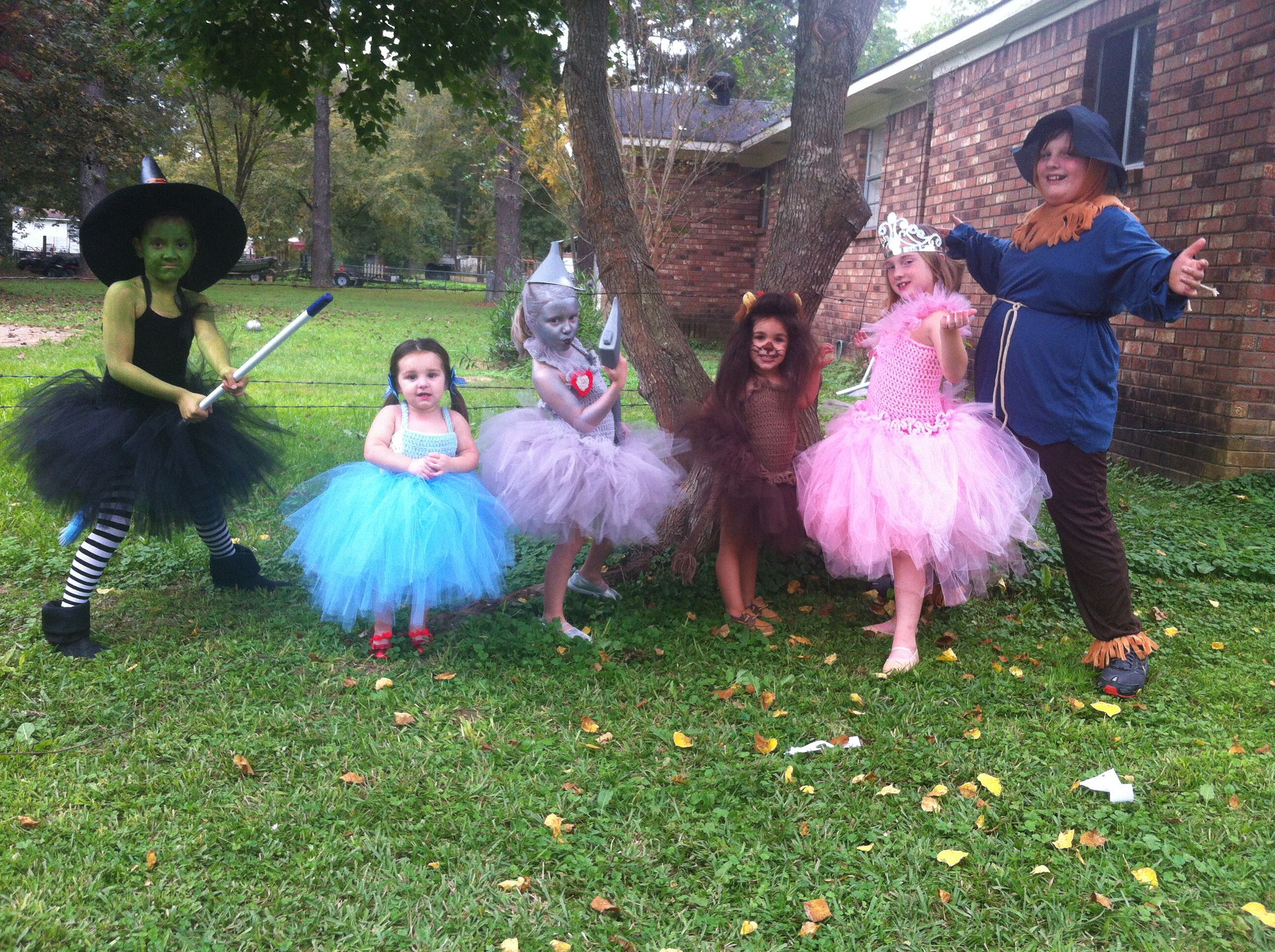 Wizard of oz tutus Things I have done Pinterest Tutu and - Wizard Of Oz Halloween Decorations