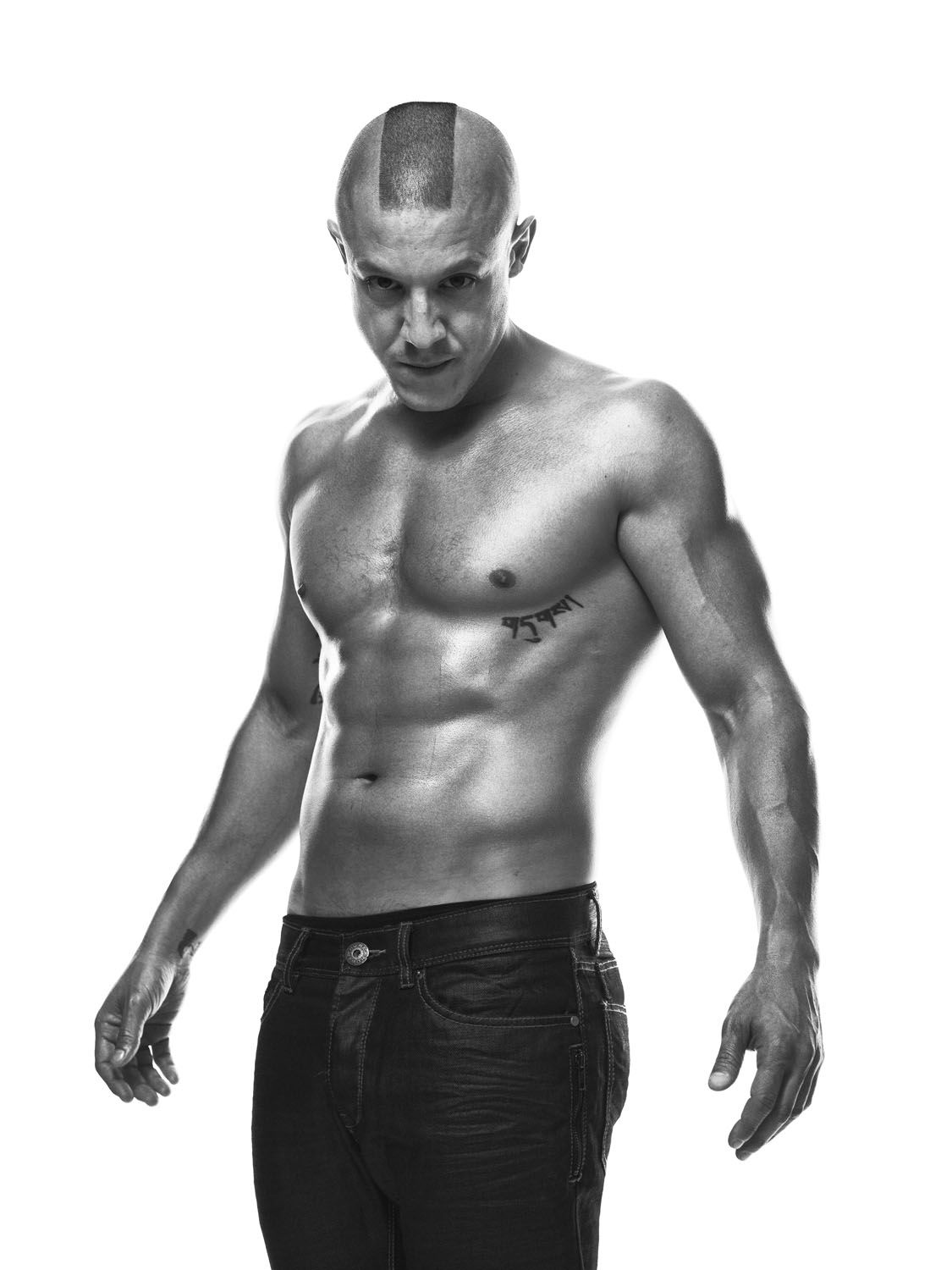 theo rossi wife