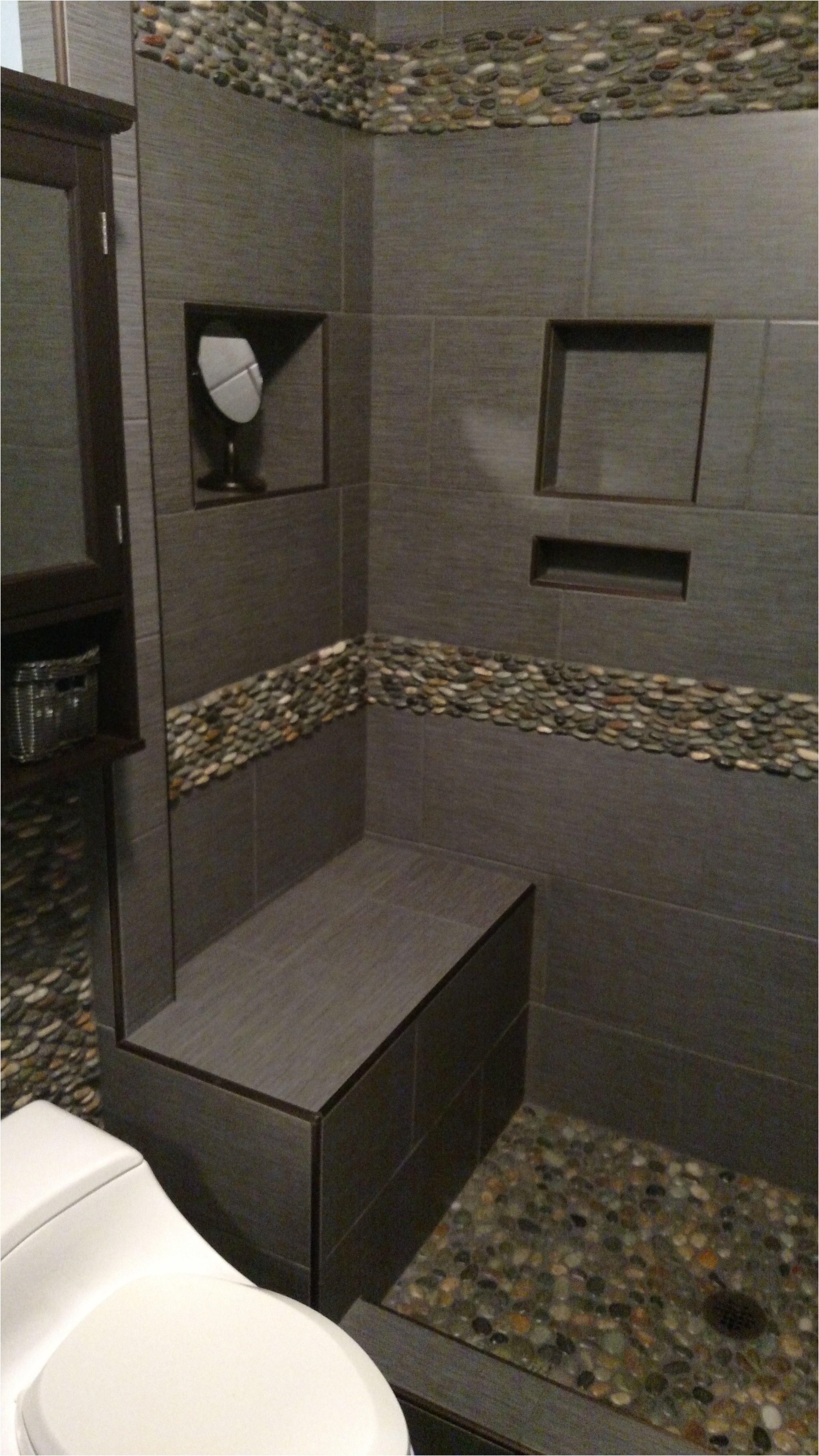 Awesome Beautiful Pebble Border Tiles Bathroom