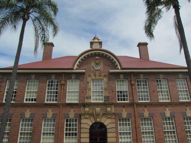 UQ College (1)