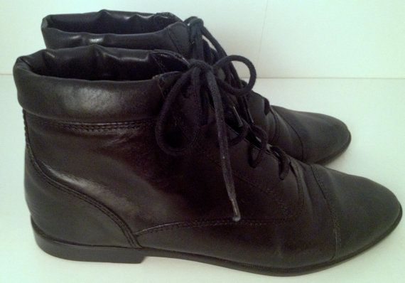 cb8848305b2c7 Vintage Coach and Four Black Leather Pixie Ankle Boots Womens Size 6.5
