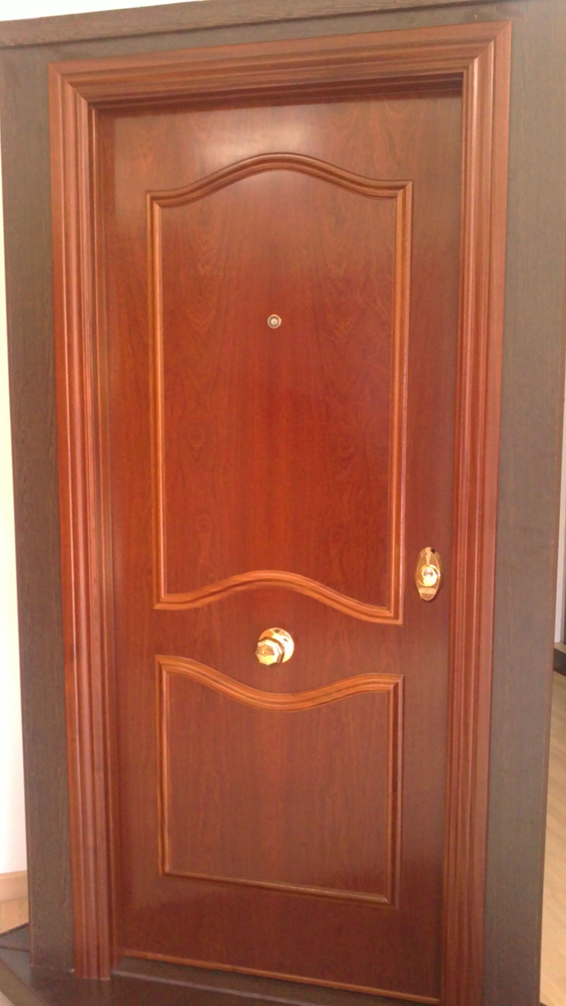Puerta acorazada 3b sp100 sapelly rameado puertas for Puertas sapelly