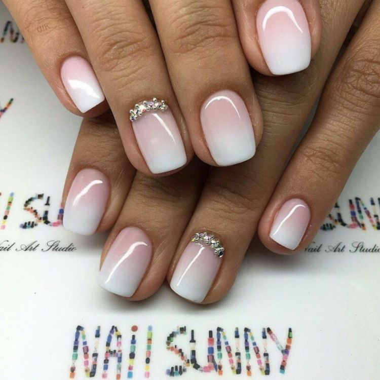 French-nails-ombre-perlen-silber-weiu00df-rosa-kurz-quadratisch | Nu00e4gel | Pinterest | French Nails ...