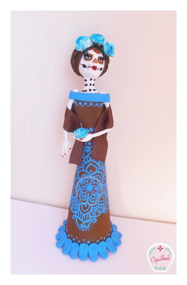 5b8f8f21e CATRINA FRIDA vestido café con mandala turquesa