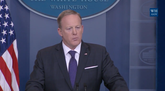 Sean Spicer Was Weirdly Unprepared to Talk About Trump's Favorite Subject: Fake News