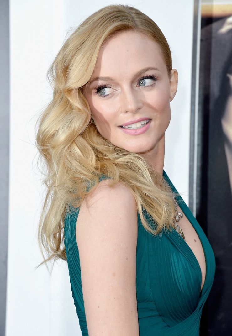 GIFs Heather Graham new images