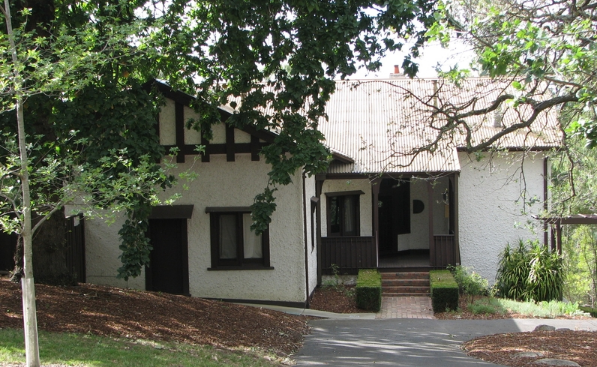 MacGeorge House, Ivanhoe by Harold Desbrowe Annear