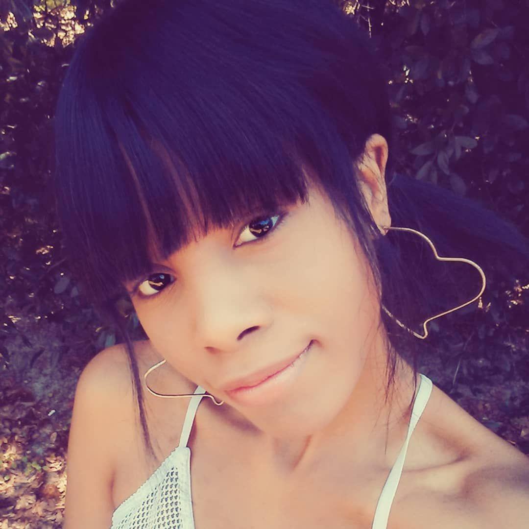 Lightroom edited selfie🌻📷 Enjoying my short hair, and summer wear . . . . . . . . . . #bob #filter #pigtails #black #girl #closeup #bangs #summer #jumpsuit #hearts #earrings #smile #outdoors #edits #lightroom #eyes edit #justforfun #22 #senior