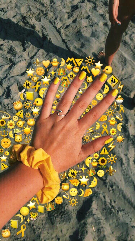 Yellow emojies Emojies snapchat Yellow Emoji
