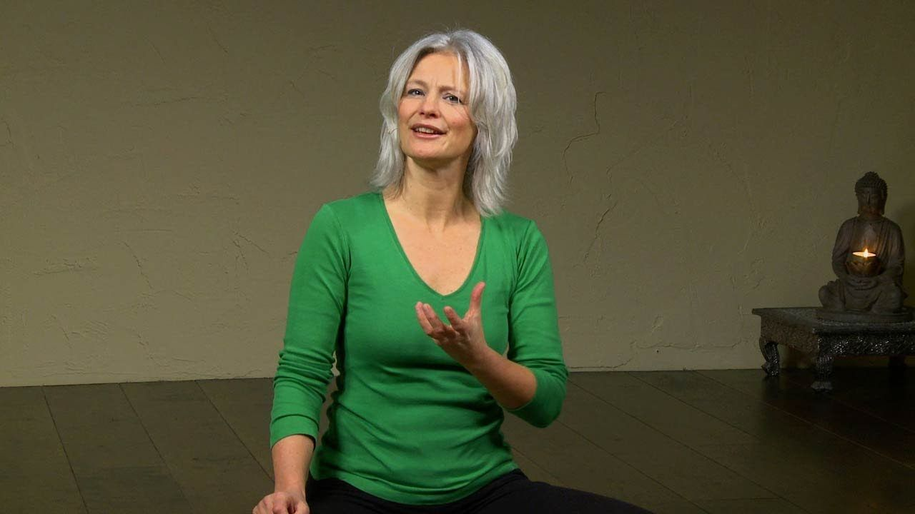 Being in the Now, a Meditation with Esther Teule (9 min)
