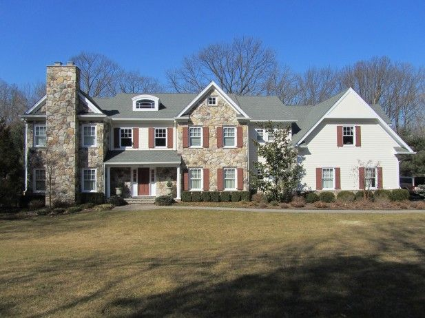 First Class Exterior Painting In Franklin Lakes Nj House Paint Exterior House Exterior Custom Built Homes