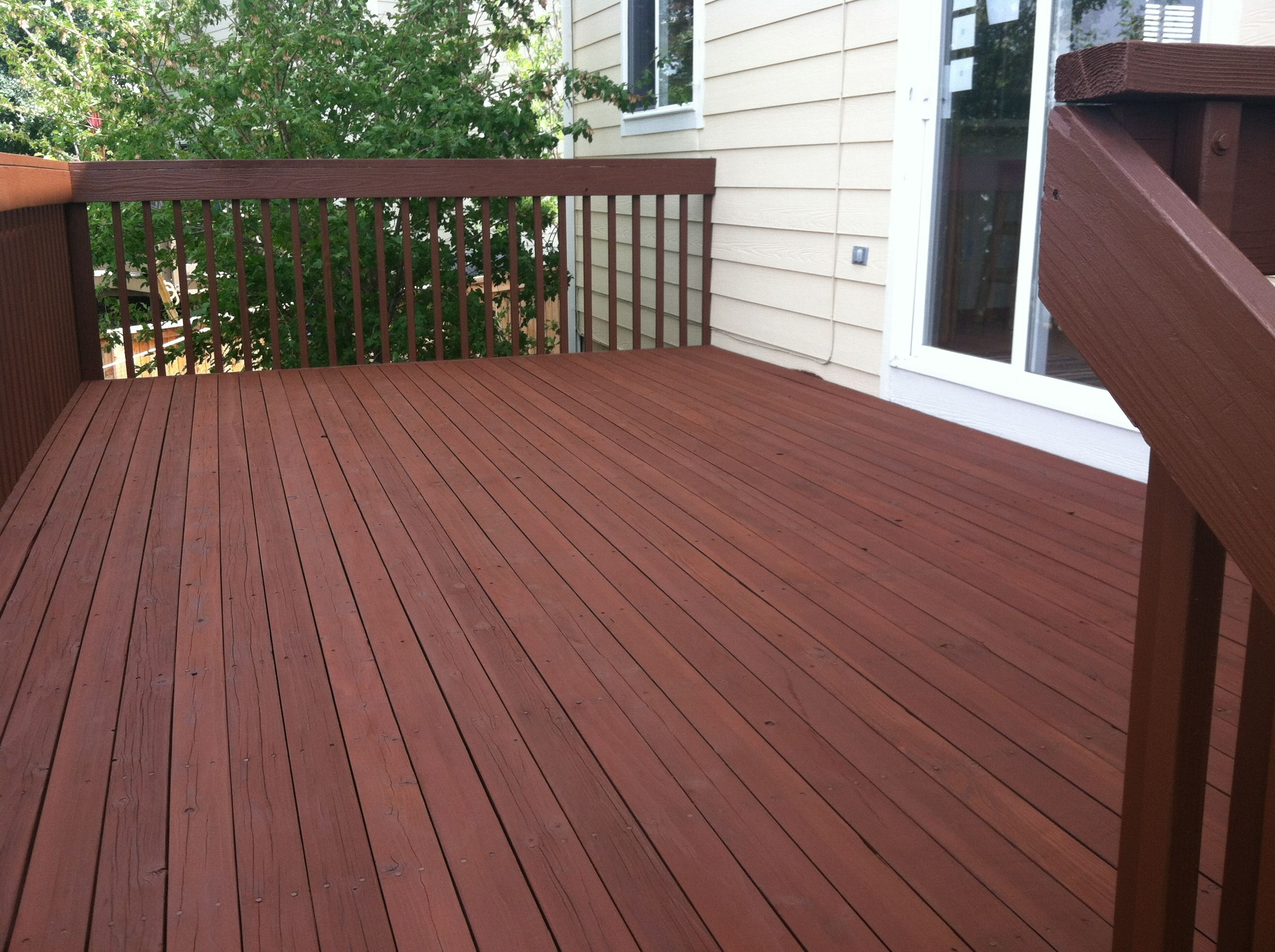 Cabot Deck Stain In Semi Solid Oak Brown Front Porch