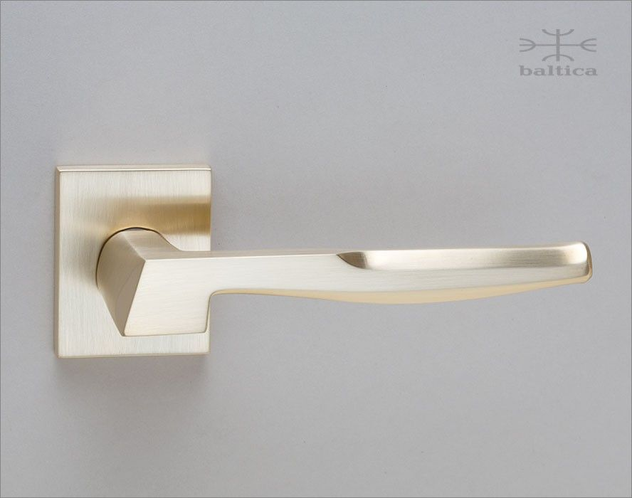 Nomade Lever Rose Ii Satin Brass Handcrafted In Europe By
