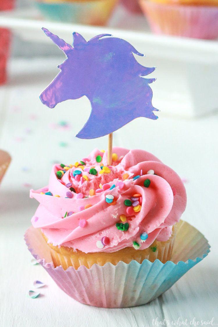 That's What {Che} Said... | Unicorn Cupcake Toppers + Free Unicorn Cut File -