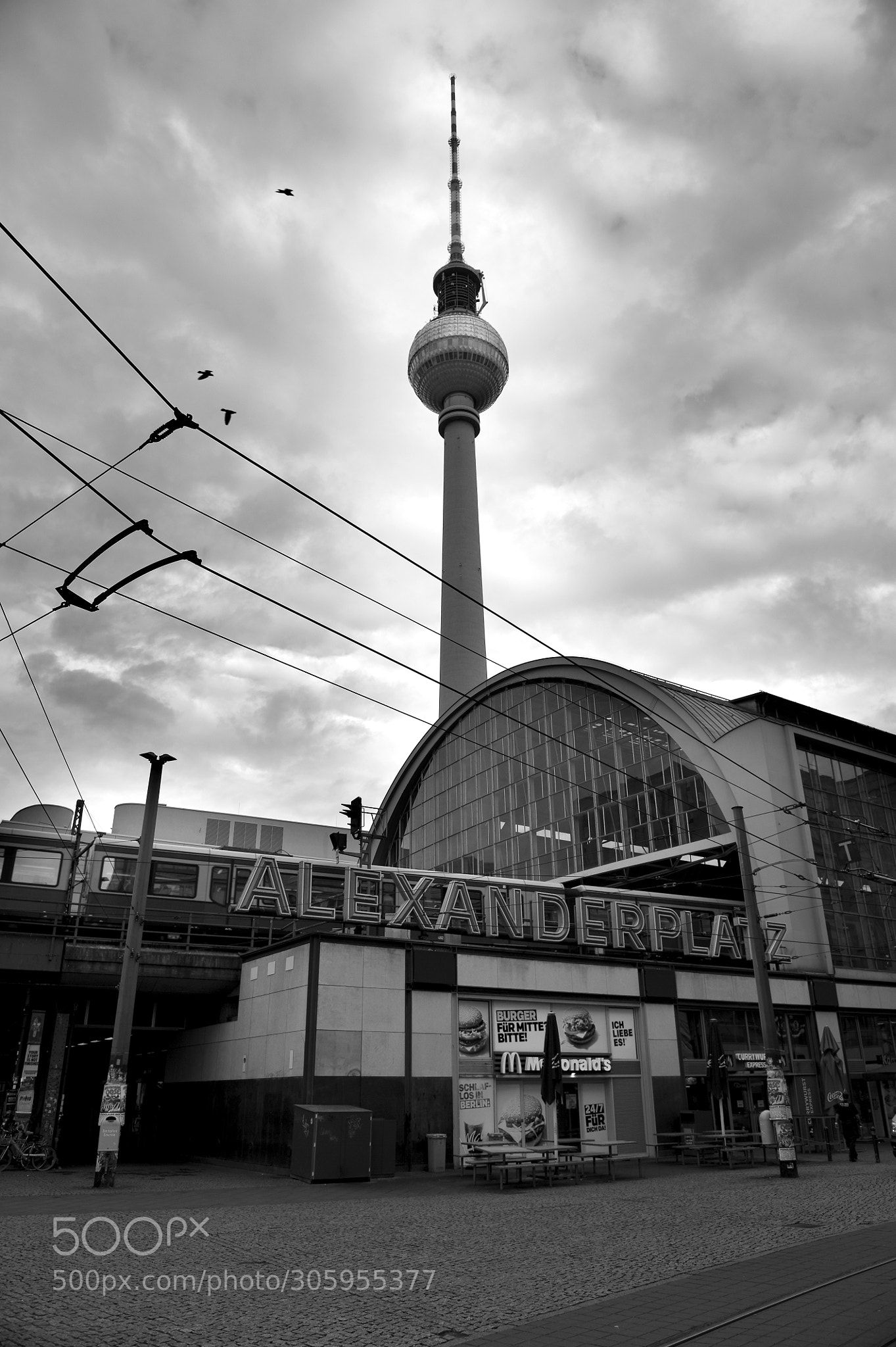 Berlin Alexanderplatz Bahnhof By Oscar Romero Black N White Images Black And White Berlin City
