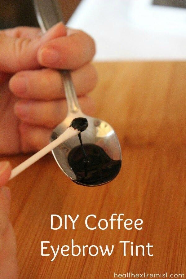 DIY Coffee Eyebrow Tint - Make your own coffee eyebrow tint with coffee grounds and water. The color lasts for weeks and it looks great! #natural #DIY #diynatural #coloreyebrows #darkeneyebrows #coffeetint #dyeeyebrows #eyebrows #diyideas
