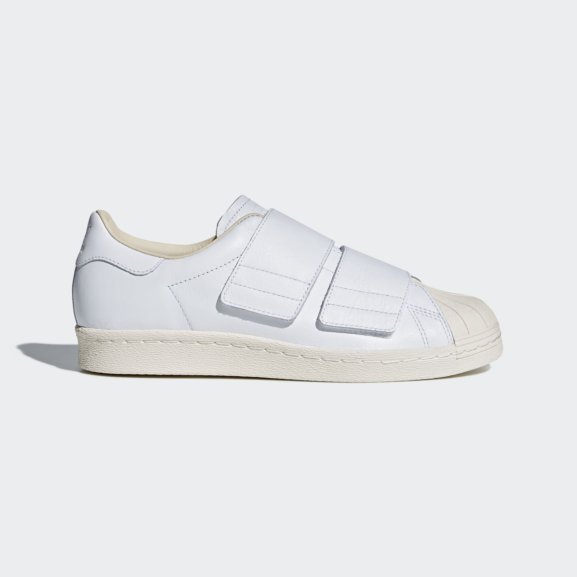 Shop the Superstar 80s CF Shoes White at us