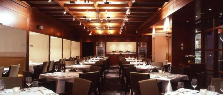 Rick Moonen S Rm Seafood Restaurant At Mandalay Bay In Lasvegas Vegas Haute Livings Top 5 Restaurants Destinationluxury