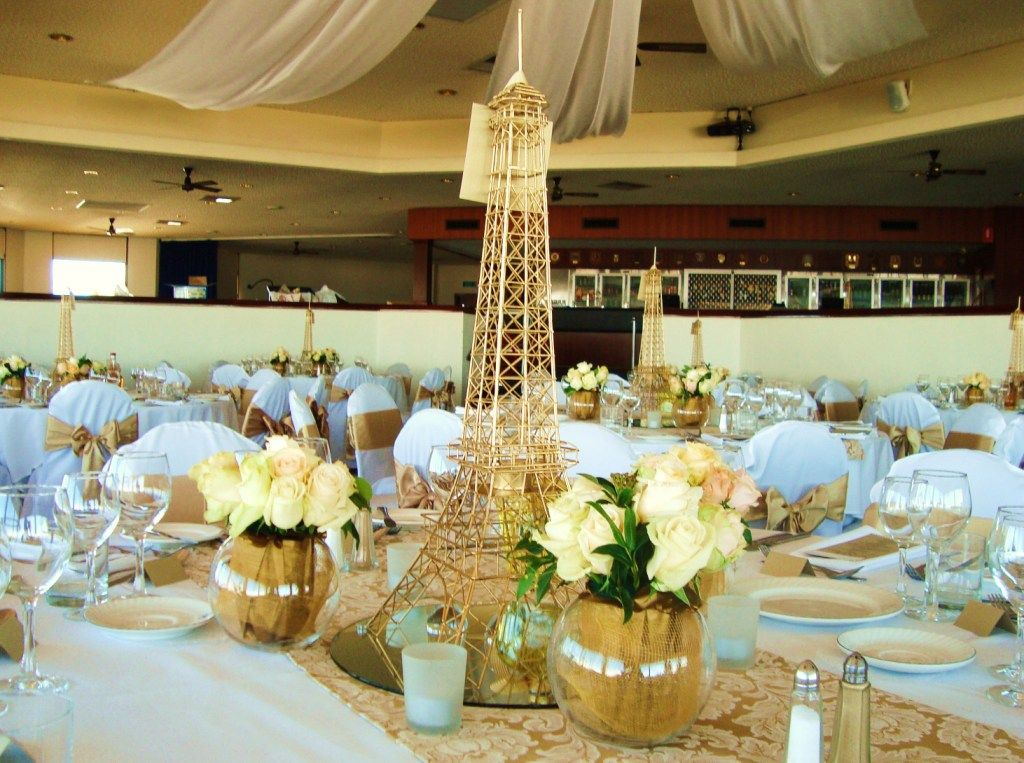 French Vintage Wedding Table Decorations Haha Look At That Its An Eiffel Tower Bit Much