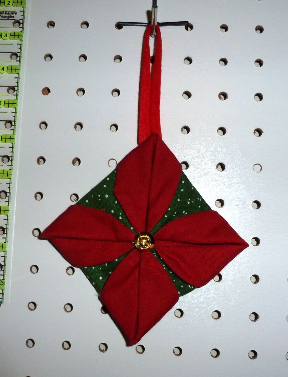 Folded fabric christmas ornaments patterns - Cathedral Window Ornament Tute