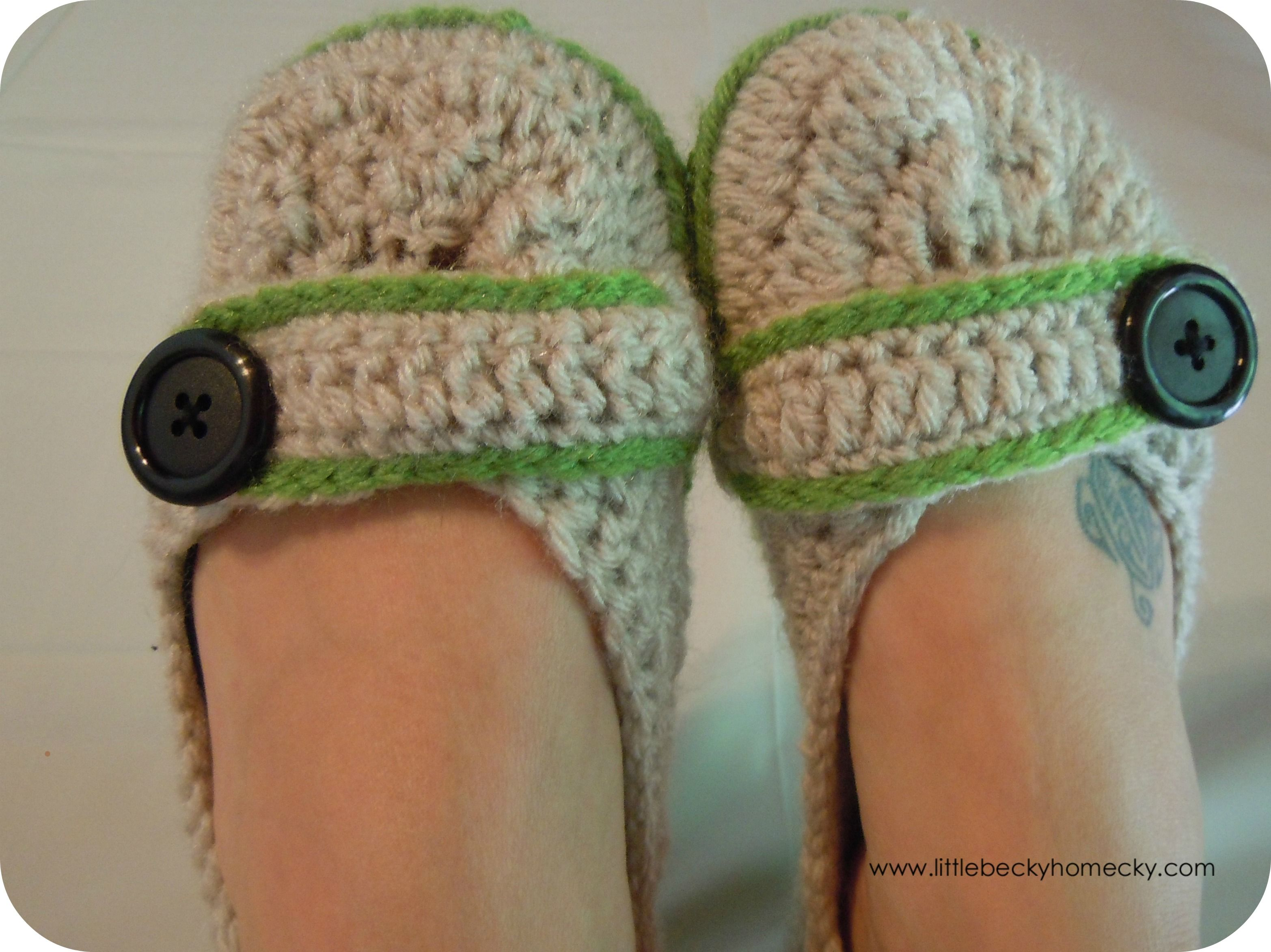 Free crochet slipper pattern this pattern to make crochet free crochet slipper pattern this pattern to make crochet slippers from two girls patterns bankloansurffo Choice Image