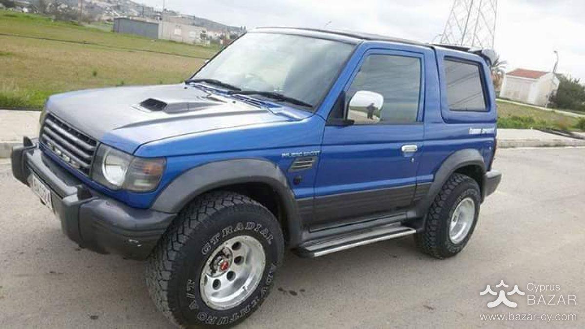 Car for sale Cyprus: Mitsubishi Pajero (1992) - 2.5L Petrol, Manual, 180000  km, dark blue, 3 Doors, Full 4x4 drive, Right-hand drivePagero 25 turbo ...