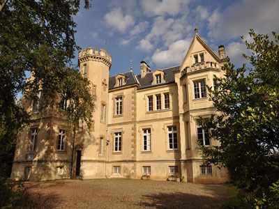 French Chateau for sale in 40 - Landes , Aquitaine France. Situated in the south Mont de Marsan area, this XIXth C Château, dating from 1873 and extended in the 1930s, is set in 9.4 ha grounds with outbuildings, caretaker's lodge and swimming pool. The Château offers approximately 500 m2 of living space. Nearest shops 1 km. All necessary shops / amenities 9 km. 35 mins from Pau airport, 24 mins from Mont de Marsan and a motorway access point.