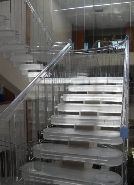 Escalera de Acrilico (acriilc) - aptta.com.mx