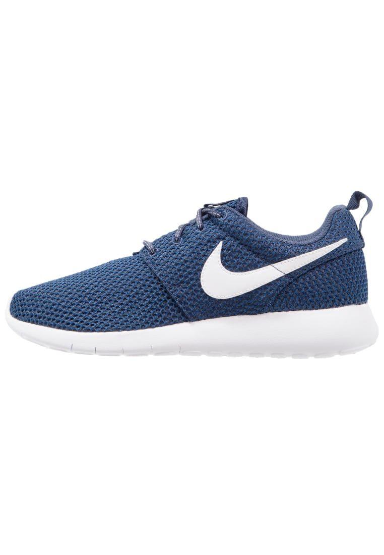 quality design e4f0e 4cd96 ¡Consigue este tipo de zapatillas básicas de Nike Sportswear ahora! Haz  clic para ver los detalles. Envíos gratis a toda España. Nike Sportswear ROSHE  ONE ...