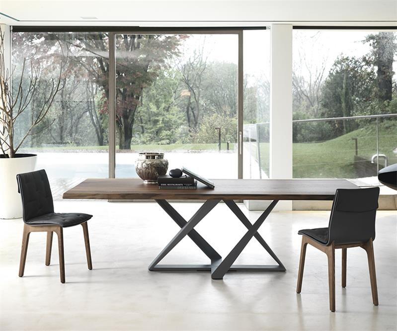 table design en noyer pied central