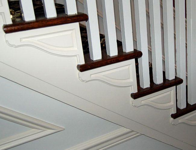 Wonderful Staircase Parts :: Stair Brackets :: Americana Stair Bracket (large)   Left