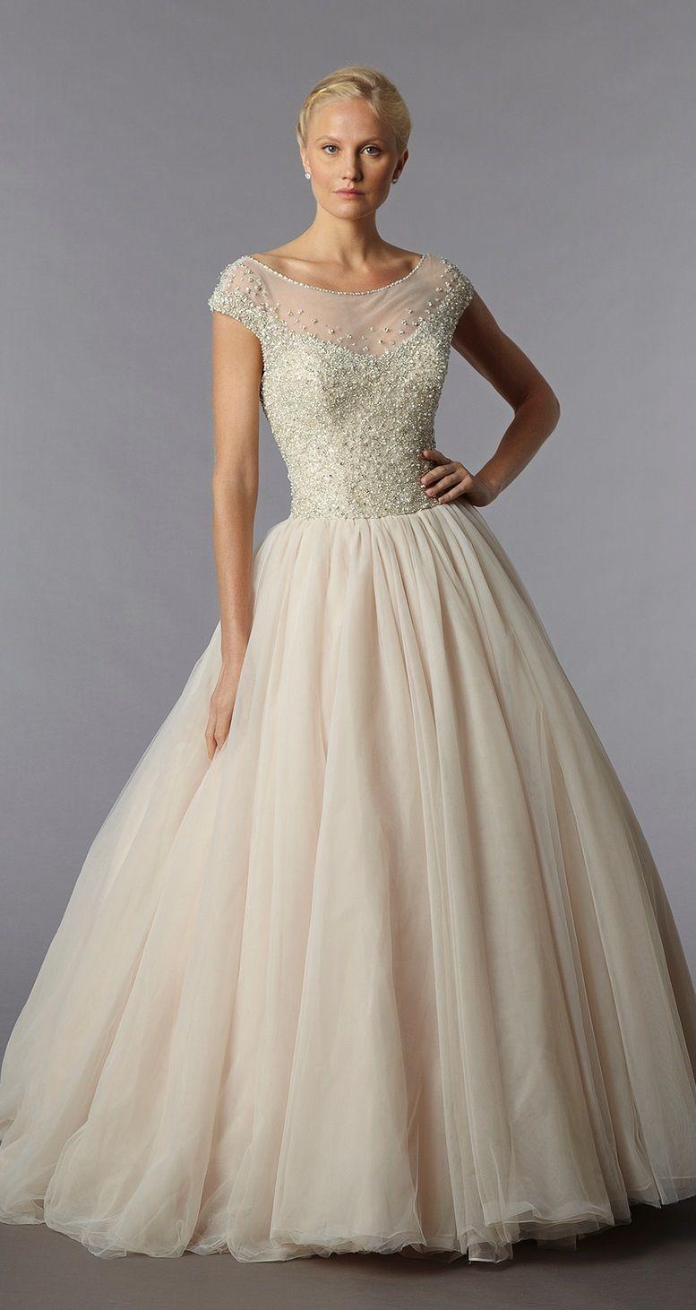 classic princess wedding dress, Danielle Caprese | moda | Pinterest ...