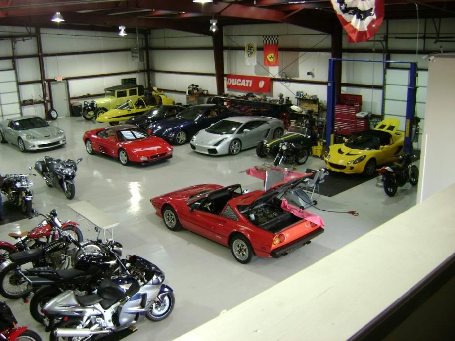 Dream car garages 02 27 13 920 38 things to get for Garage auto 93