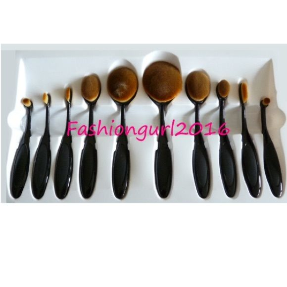Brand New 10 Piece Professional Brush Set With Free Brush Cleaner. 1 & 2 - Foundation, Bronzing, Setting Powder 3 & 4 - Cheek Blush, Cheek Contour, Foundation, Bronzing, Setting Powder 5 - Concealer, ?Cheek Blush, Cheek Contour, Foundation , Bronzing, Setting Powder 6 - Eye Shadow, Eye Liner, Concealer, ?Cheek Blush, Cheek Contour 7 - Eye Shadow, Cheek Contour, Concealer, Foundation, Setting Powder 8 - Eyeshadow, Brow Color, Eyeliner, Concealer 9 - Lip Finish, Eyeshadow, Brow Color, Conce 10…