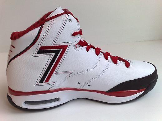 Tradicional Enviar Venta anticipada  Nike Blue Chip - Brandon Roy PE - SneakerNews.com | Nike, Nike basketball  shoes, Brandon roy