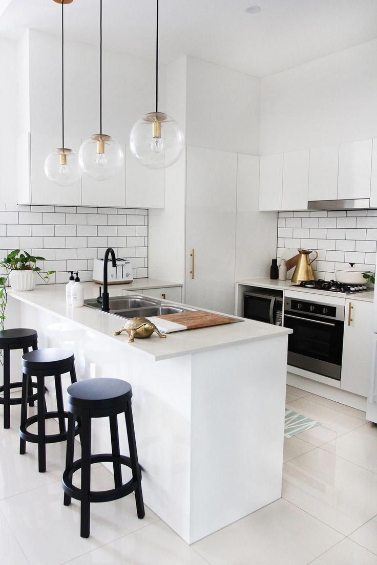 10 Kitchen And Home Decor Items Every 20 Something Needs: Modern White Simple Kitchen