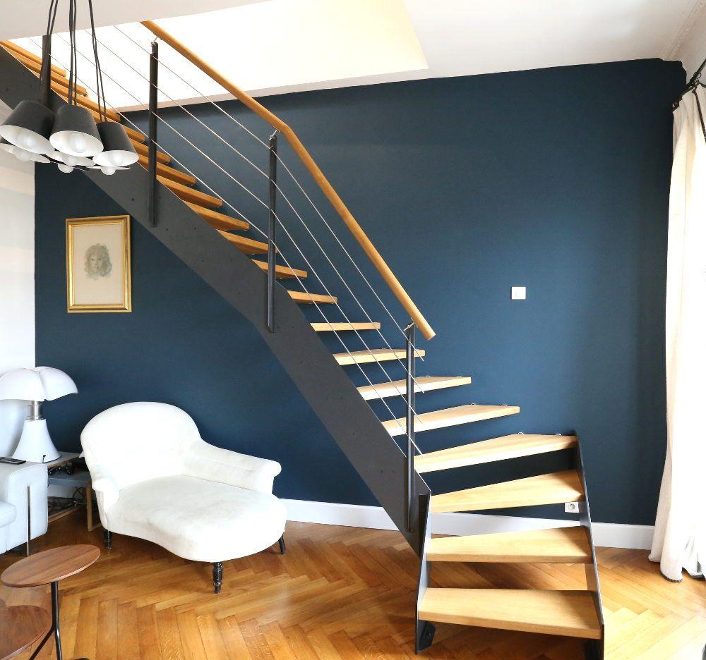 escalier quart tournant en bois et m tal pour un c t. Black Bedroom Furniture Sets. Home Design Ideas