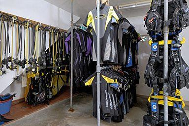Scuba diving equipment pictures of discount scuba diving - Discount dive gear ...